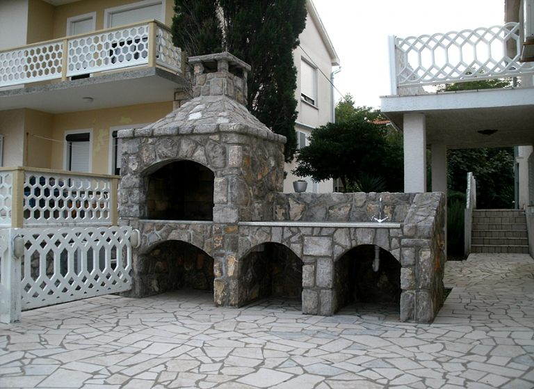 kameni-rostilj